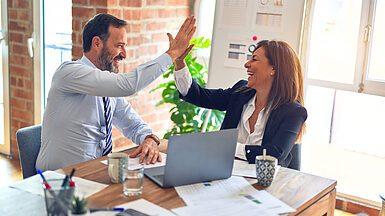 Програма лояльності для клієнтів послуги хостингу компанії Адамант